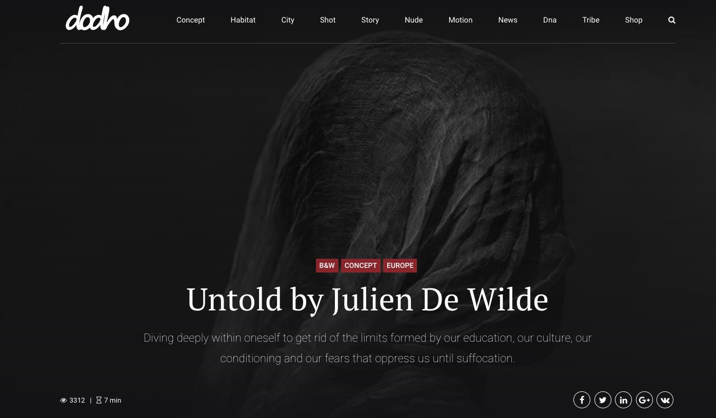 Julien De Wilde Photographer Dodho magazine The Best Black and White Photographer 2018